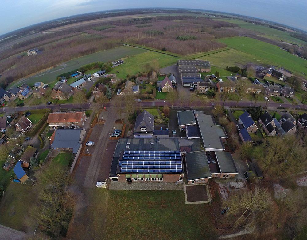zonnepanelen dorpshuis Linde